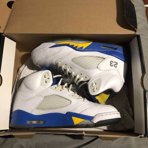 "Air Jordan Retro 5 ""Laney"" Size 9 for Sale in Berkeley Township, NJ"
