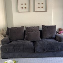Sofa for Sale in Damascus,  OR