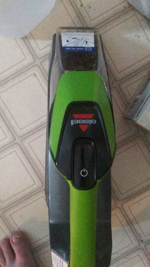Bissell pet stain remover handheld shampooer for Sale in Cosmopolis, WA
