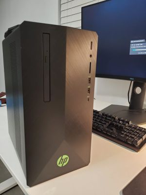 HP 690 Gaming Computer in perfect condition for Sale in West Palm Beach, FL