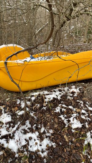 Paddle. BoAt. Needs the rudder and paddles. for Sale in Freeland, MI