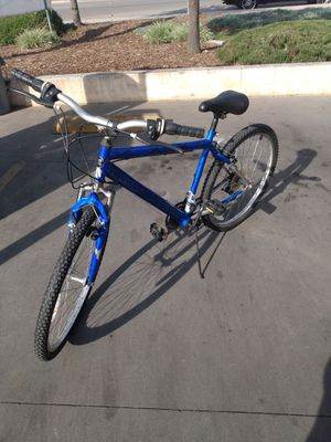 Magna mountain bike for Sale in Montclair, CA