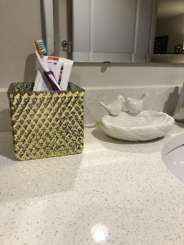 3-piece bathroom set