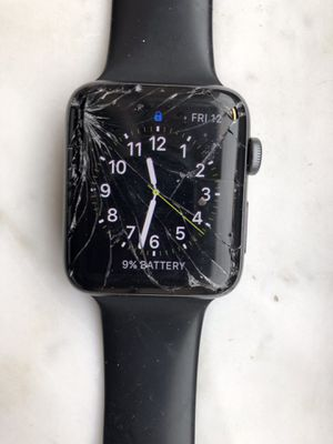 Apple Watch Series 2 cracked screen Kendall for Sale in Miami, FL