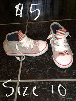 $5 toddlers shoes size 10 for Sale in Port Richey, FL