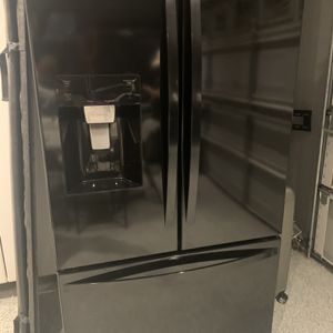Refrigerator Kenmore for Sale in Corona, CA
