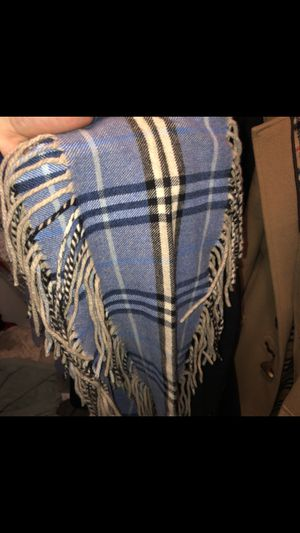 Burberry scarf for Sale in Marlboro Township, NJ