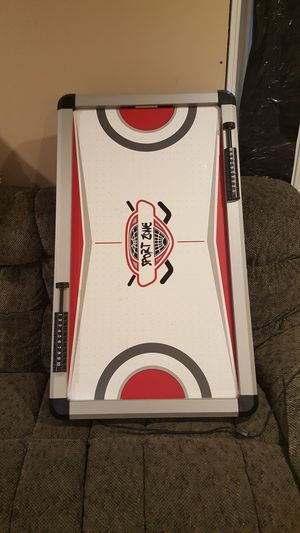 Air hockey table for Sale in Glen Burnie, MD