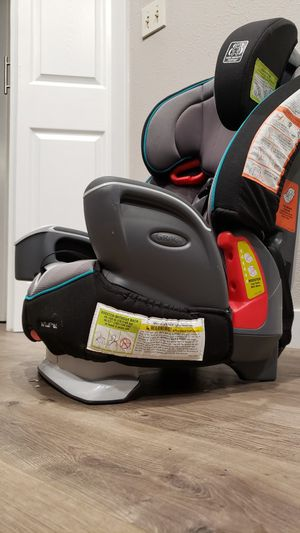Baby car seat for Sale in Federal Way, WA