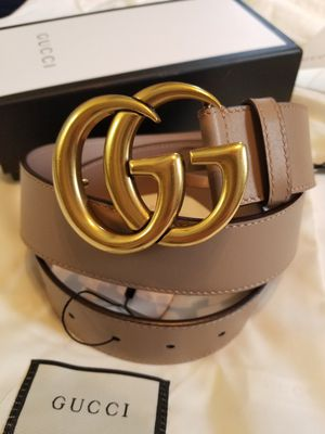😎NWT Gucci Belt Pink Leather Gold GG for Sale in Queens, NY