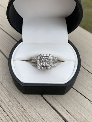 Engagement/wedding ring for Sale in Chicopee, MA