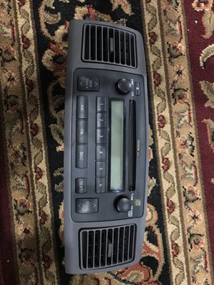 2003-2008 TOYOTA COROLLA RADIO/STEREO BEZEL with vents for Sale in Ridgefield, WA