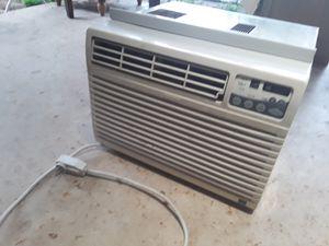 AC Unit Kenmore 8000 BTU for Sale in Austin, TX