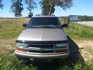 2002 Chevy blazer 4x4 for Sale in Falcon, MO