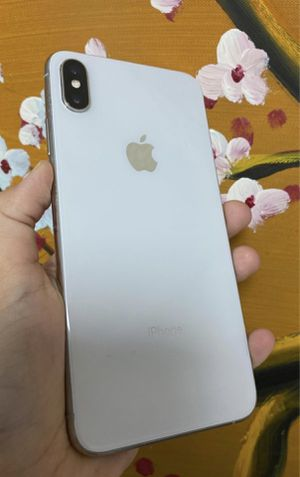 IPHONE X - 256 GB - UNLOCKED FOR WORLDWIDE USE for Sale in Duluth, GA
