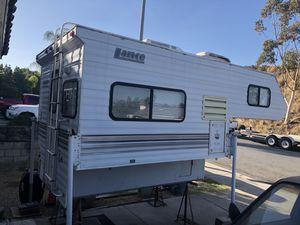 """2000 Lance Lite 815 cabover camper 8'6"""" truck camper for Sale in San Diego, CA"""