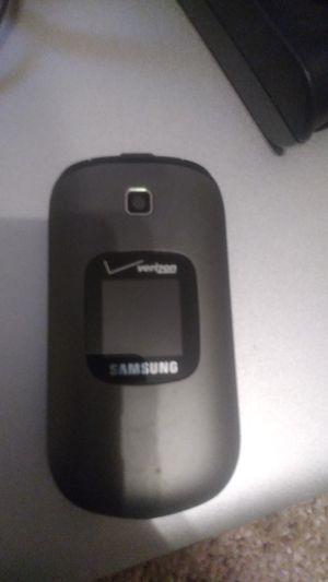 Verizon Samsung flip phone for Sale in Heber Springs, AR
