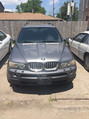 05 BMW X5 for Sale in Chicago, IL