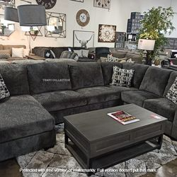 NEW, LARGE SECTIONAL INCLUDING DECORATIVE PILLOWS. SMOKE. IN STOCK. for Sale in Chino,  CA