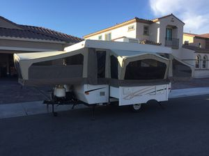 (OBO) 2006 Starcraft Pop Up Tent Camper Trailer VERY CLEAN for Sale in Henderson, NV