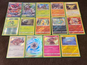 Pokemon Sun & Moon Lot for Sale in San Bernardino, CA