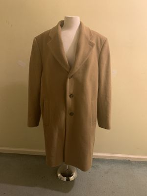 Men's Michael Kors Coat (size 44R) for Sale in Charlotte, NC