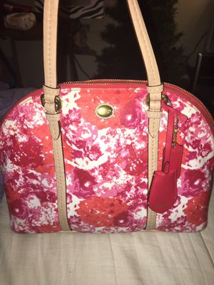 Beautiful floral coach purse for Sale in Odenton, MD