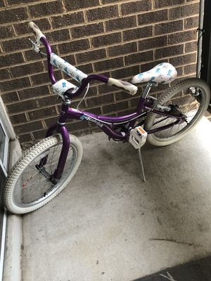 Raleigh BMX. Girls bike size 20 Inches for Sale in Silver Spring, MD