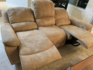 La-z-Boy Reclining Couch and Love Seat for Sale in Gilbert, AZ