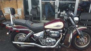 SUZUKI MARAUDER 800 cc 2 BIKES COMPLET OR PARTS OUT NO TITLES for Sale in Miami Beach, FL