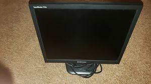 Samsung monitor for Sale in Palm Desert, CA
