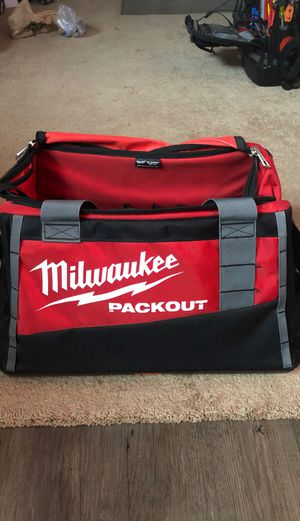 "Milwaukee packout bag 20"" for Sale in Costa Mesa, CA"