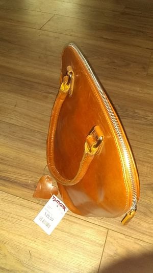 Leather purse for Sale in Long Beach, CA