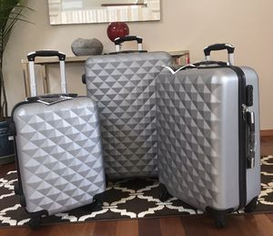 Beautiful design lightweight stylish luggage's set for Sale in Renton, WA