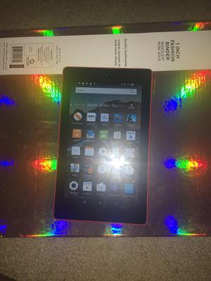 Kindle Fire 7th Gen 2017 with Bluetooth Speaker for Sale in Laurel, MD