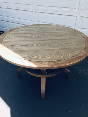 "Solid wood kitchen table 48"" round for Sale in West Menlo Park, CA"
