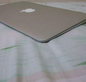 MacBook Air 11' (2012 model) for Sale in Beverly Hills, CA