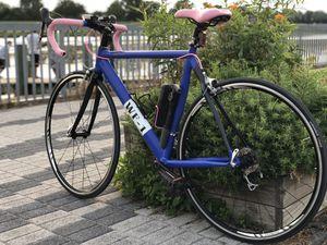 aluminum and carbon fiber road bike for Sale in Riverdale Park, MD