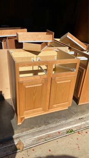 Kitchen Cabinets for Sale in Sugar Land, TX