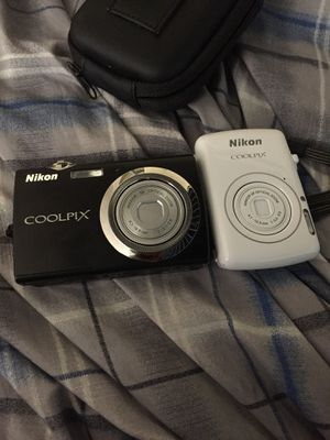 Nikon coolpix set video cameras for Sale in New Britain, CT
