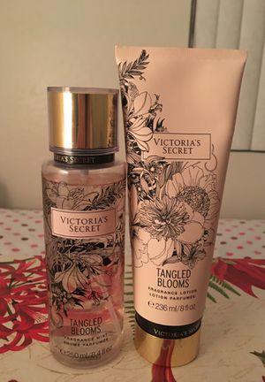 Victoria's Secret Fragrance & Lotion Set for Sale in Chandler, AZ