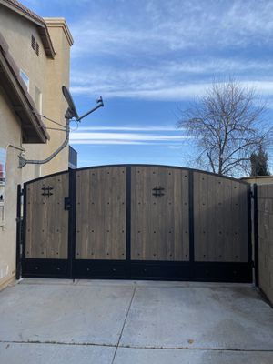 Iron gates and fencing for Sale in Los Angeles, CA