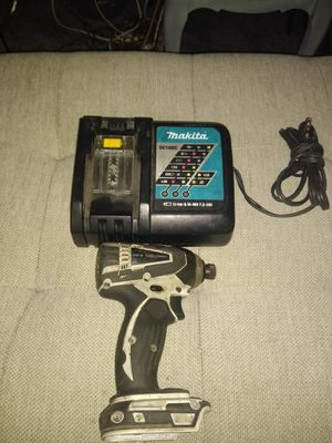 18v Makita impact drill and charger. for Sale in Sacramento, CA