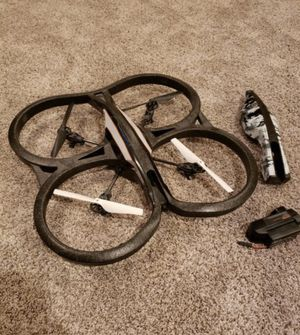 Parrot Drone 2.0 +extra cover & charger (needs new battery). for Sale in Bellevue, WA