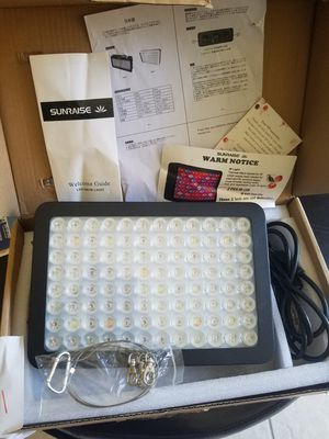 1000 Watt SUNRAISE LED Light for Sale in San Fernando, CA