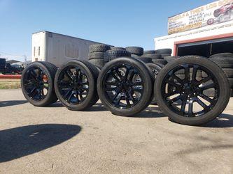 Rines Para chevy y GMC 6 virlos nuevos llantas usadas 285/45 R 22 for Sale in Fort Worth,  TX