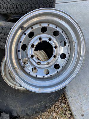 "16x8 8 lug chrome wheel/. 235/75/16"" BIG O BIG FOOT TIRE for Sale in Menifee, CA"