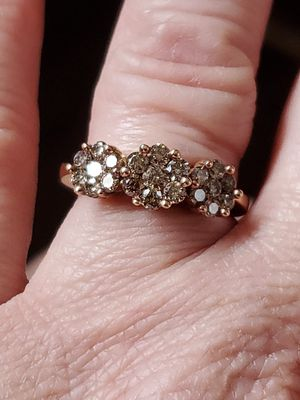 10k gold diamond ring size 7 for Sale in Vancouver, WA