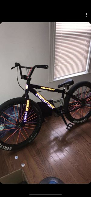 2019 maniacc flyer se bike for Sale in Cranston, RI