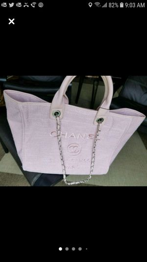 Chanel Bag pretty in pink for Sale in Hampshire, IL
